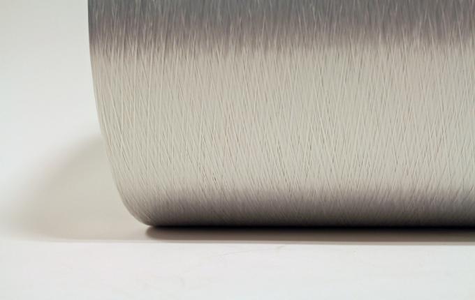 Weißes rPET industrielles Garn mit niedriger Schrumpf